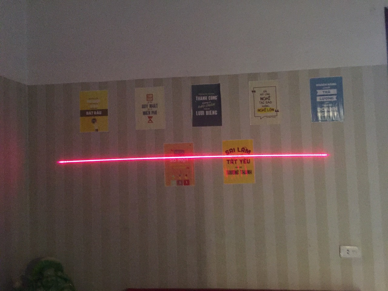 Đèn laser cho xe nâng 3